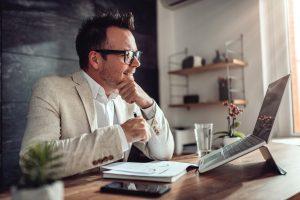Les 7 questions à se poser lors d'un passage à un logiciel de paie en ligne